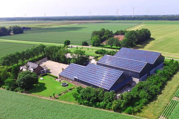 Zonnepanelen door Pluim Elektrotechniek